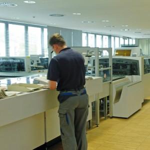 Un atelier d'impression équipé avec des presses numériques